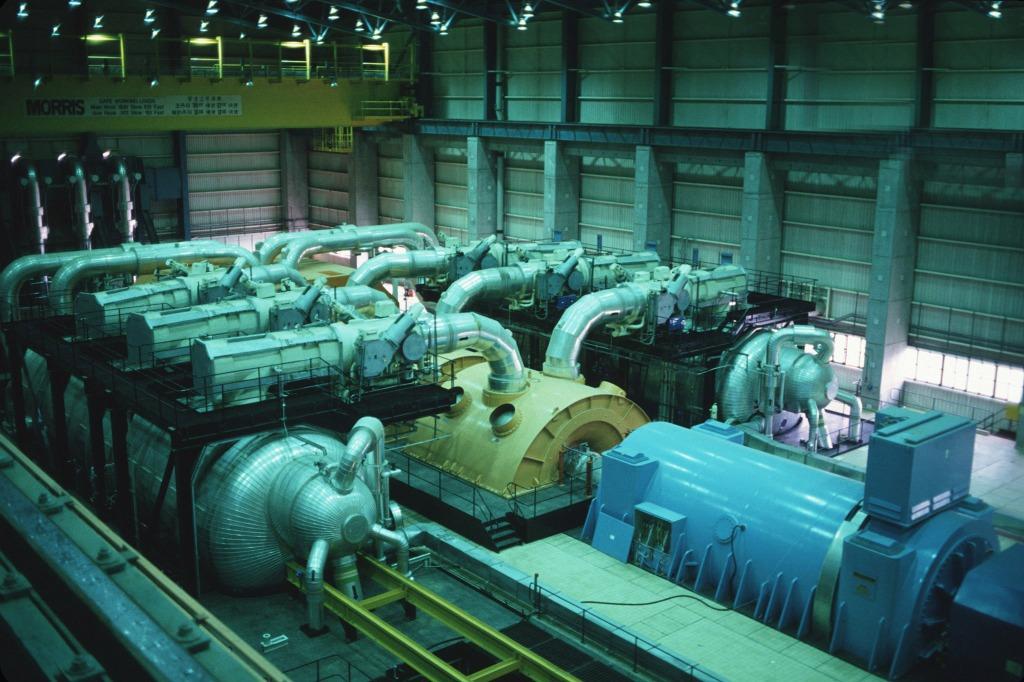 大亞灣核電站內渦輪機室。
