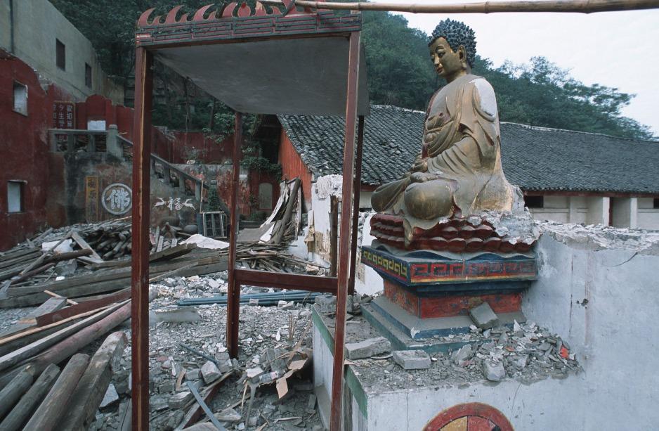 三峽水利工程令當地不少名勝和寺廟都要搬遷,另覓新地點重現重新建造。(圖片來源:Getty)