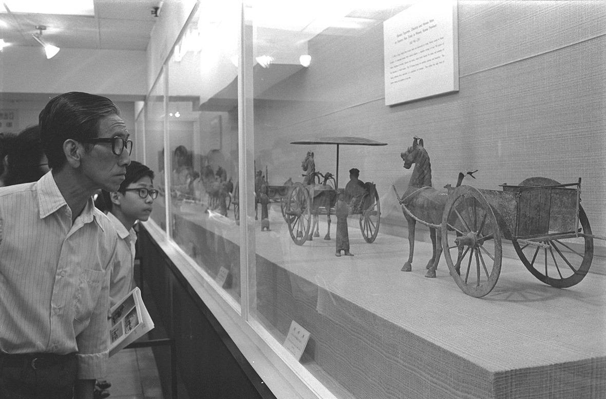 是次國寶展覽規模龐大,佔地3層,展出近百件來自中國14個省市、橫跨6000年前新石器時代至14世紀元朝的珍貴古物。