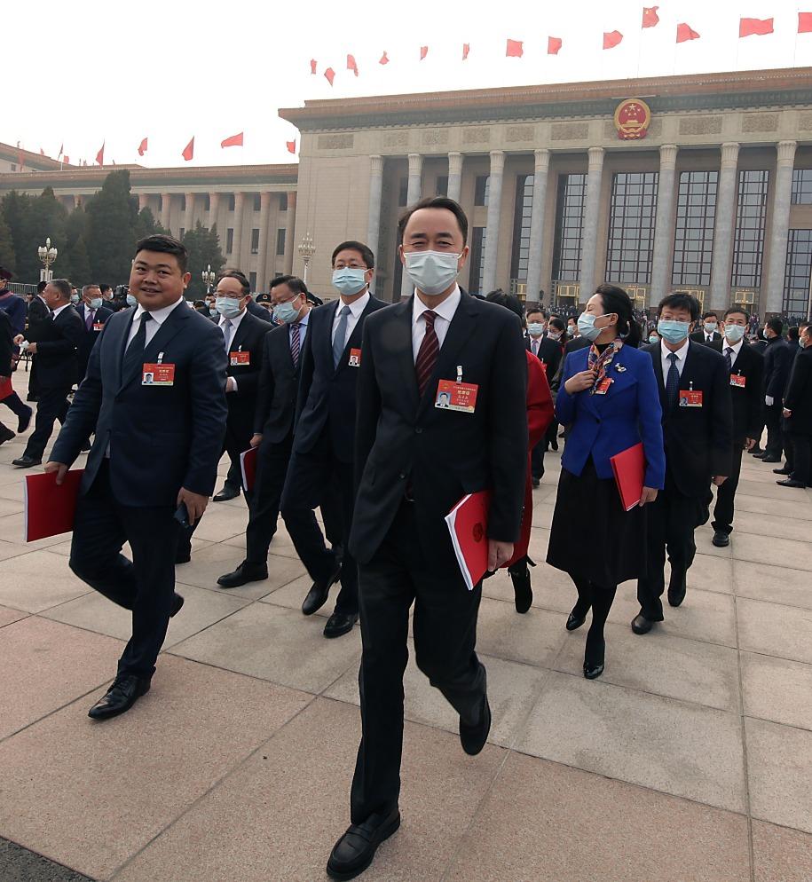 當代中國-名家-張維為論中國治國理念:關注民情國情 完善特色社會主義制度