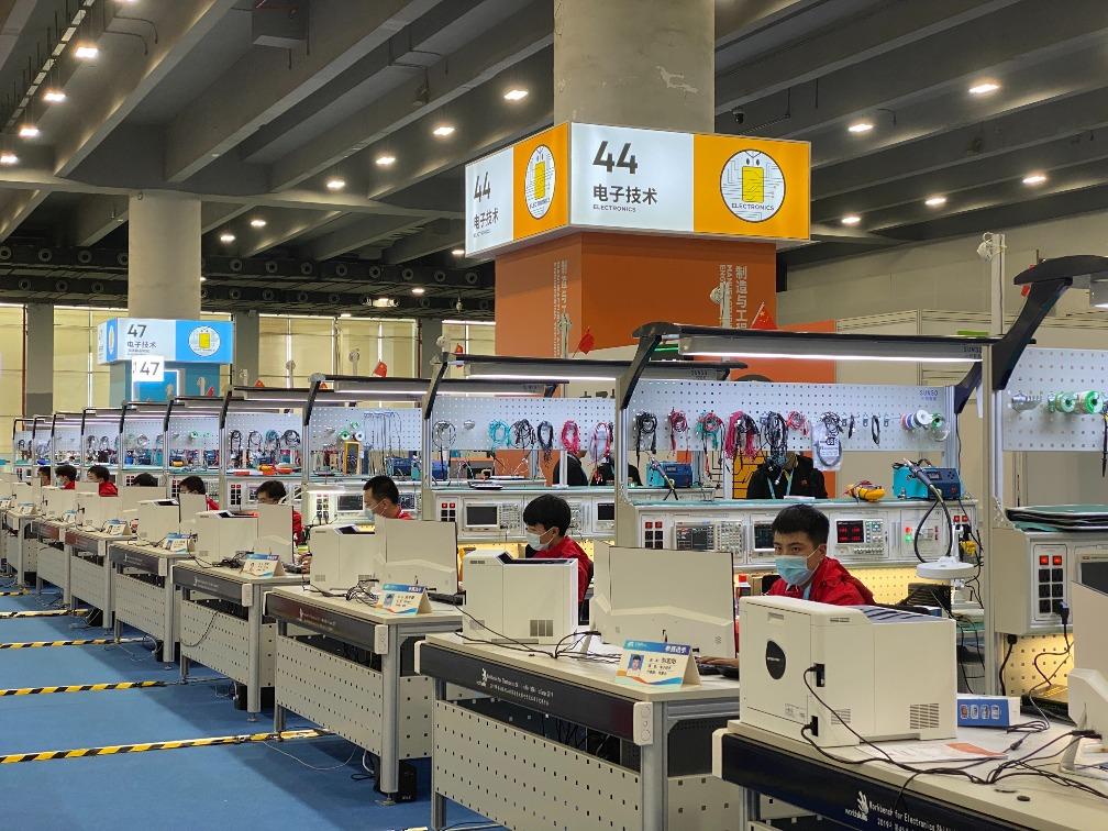 當代中國-中國新聞-首屆全國技能大賽