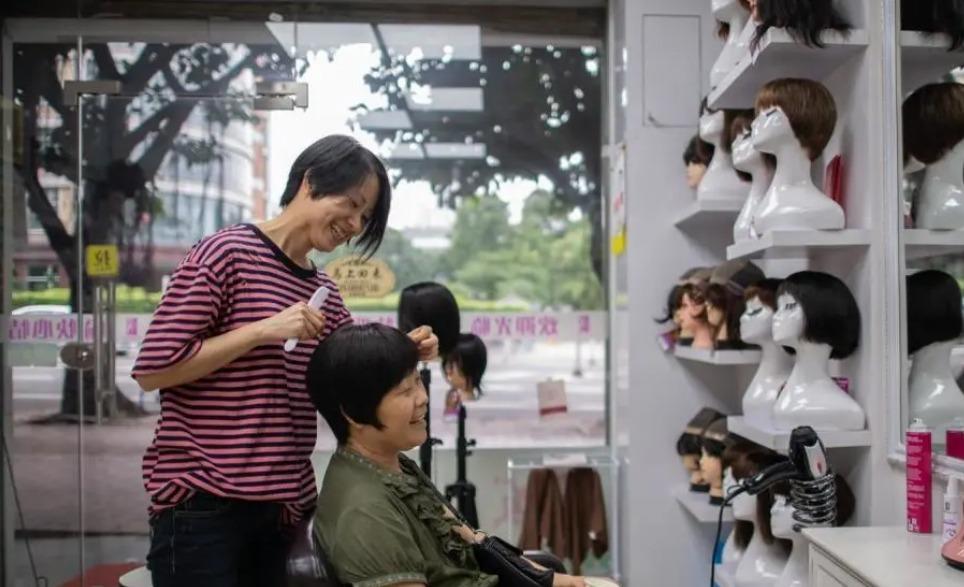 當代中國-中國新聞-癌症假髮店01