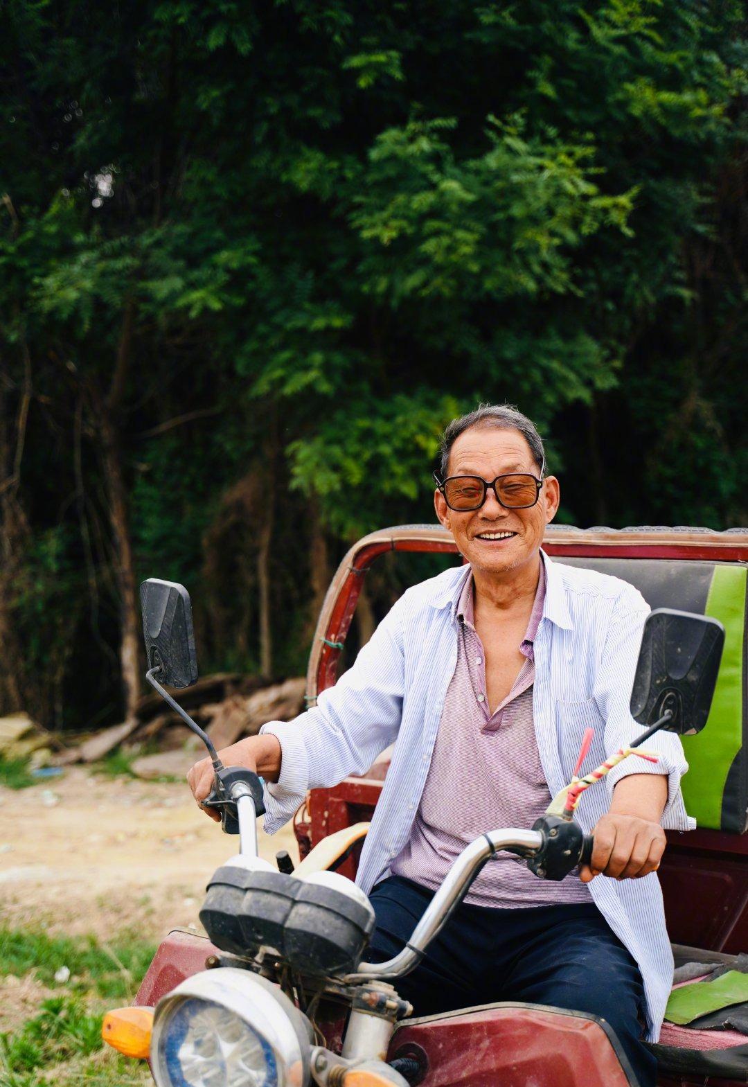 為農村老人拍照03