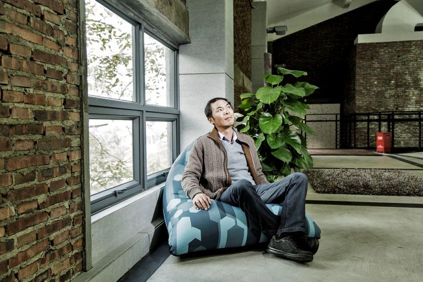 張小龍是騰訊老闆馬化騰的愛將,作為公司高級副總裁的他在廣州工作。眾所周知,騰訊總部在深圳,有傳當初因為張小龍不願意到深圳工作,最後馬化騰讓步,在廣州成立了研發中心。(圖片來源:Getty)