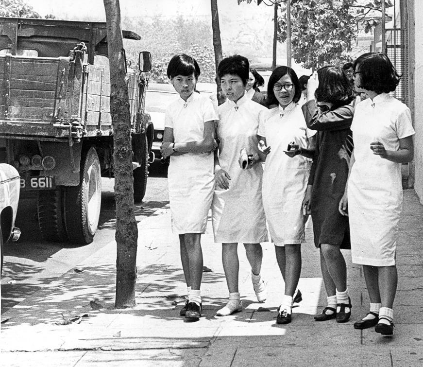 當代中國-粵港澳大灣區-香港文化-校服-長衫-旗袍-1