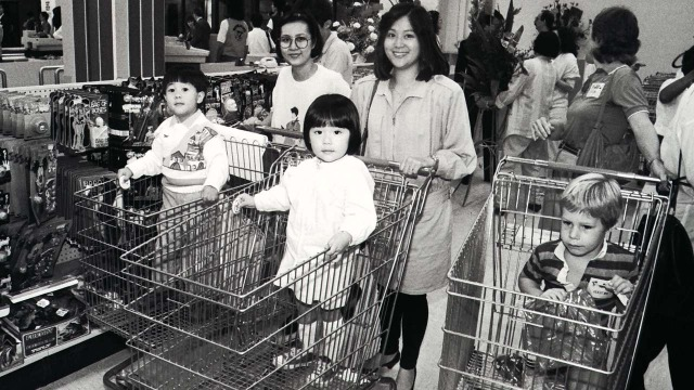 1986年落戶海運大廈的玩具反斗城旗艦店,成為中產家庭的親子朝聖地,滿載一代人的集體回憶。(網上圖片)