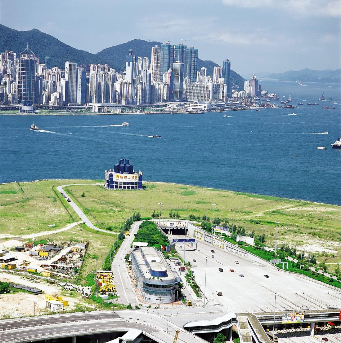 當代中國-飛凡香港-西隧通車三隧分流解決港人塞車煩惱