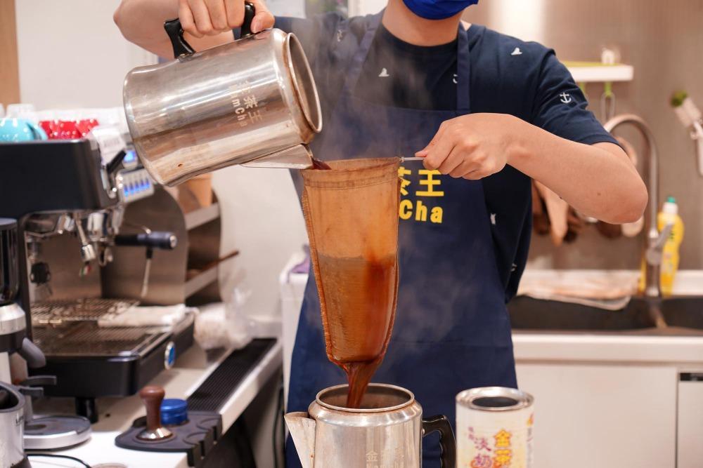 當代中國-粵港澳大灣區-香港文化-香港飲食文化-茶餐廳-港式奶茶-2