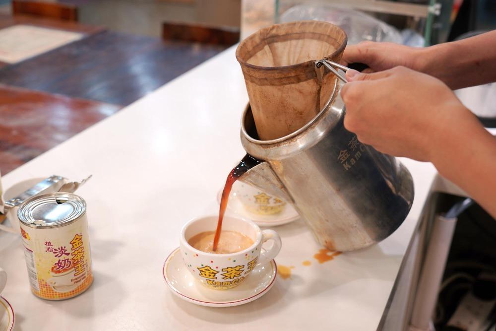 當代中國-粵港澳大灣區-香港文化-香港飲食文化-茶餐廳-港式奶茶-4