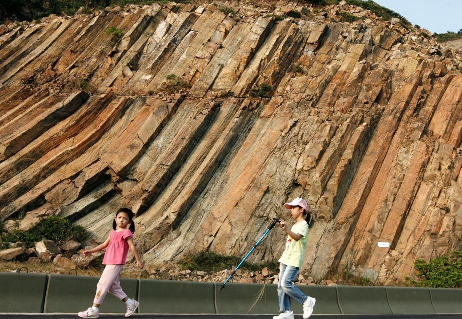 當代中國-飛凡香港-遊香港地質公園 賞奇岩異石毋忘保育