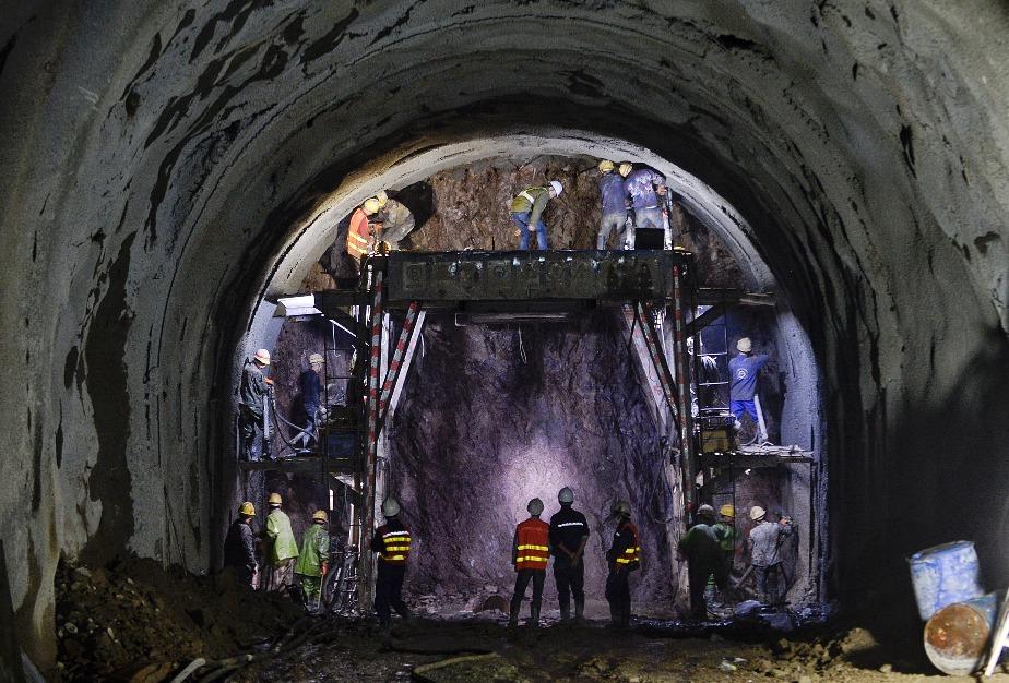 當代中國-超級工程-京張鐵路
