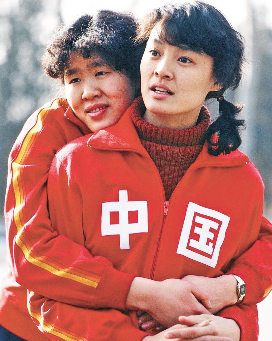 郎平和第一代女排的老戰友周曉蘭感情要好。(網上圖片)