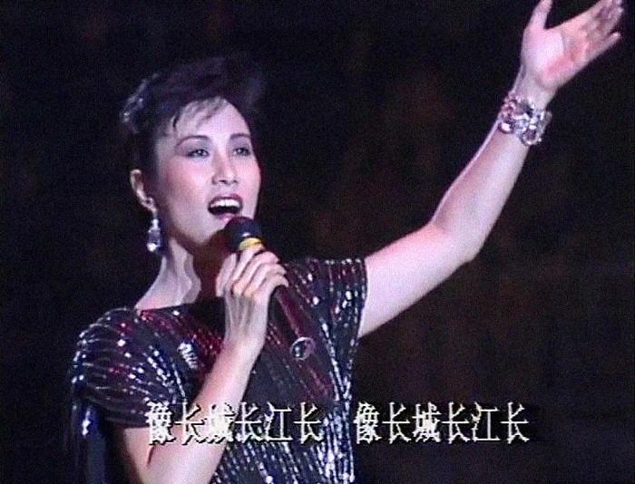 當代中國-改革開放-上春晚的港人02