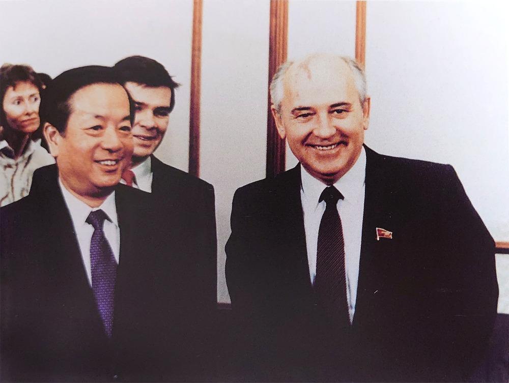 當代中國-改革開放-改革開放外交部長錢其琛改善中蘇關係