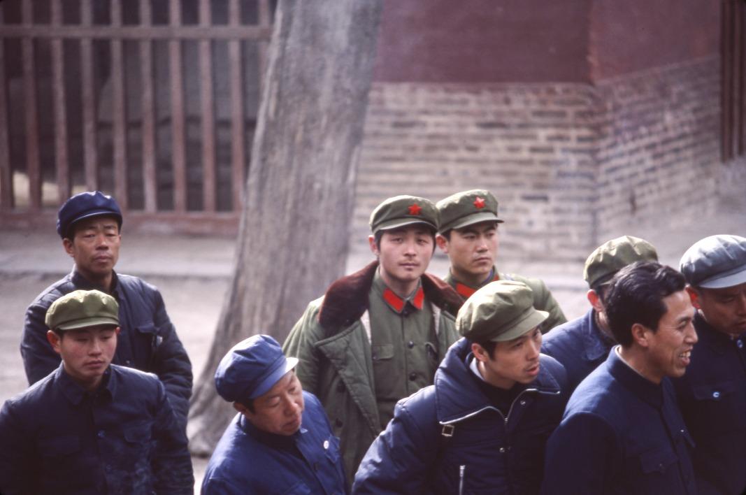 當代中國-改革開放-改革開放鄧小平百軍裁軍 減冗員提升軍政素質