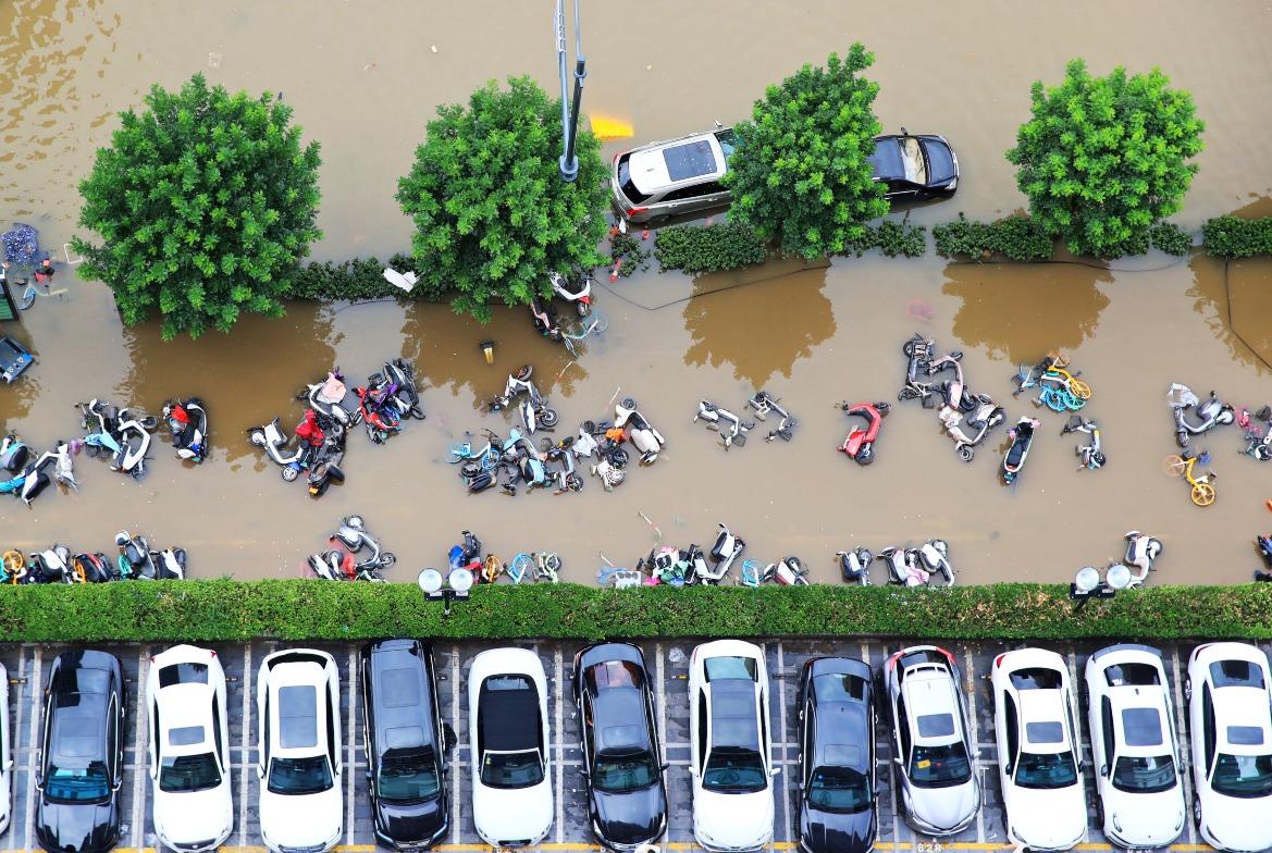 河南雨災高科技救援01