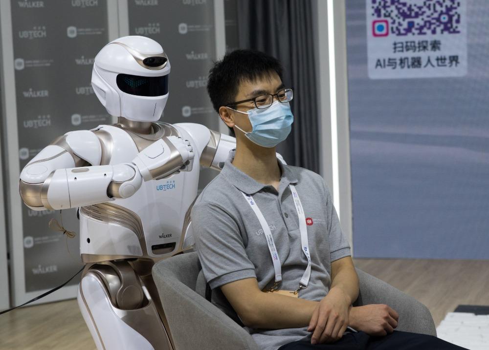中國AI機械人01