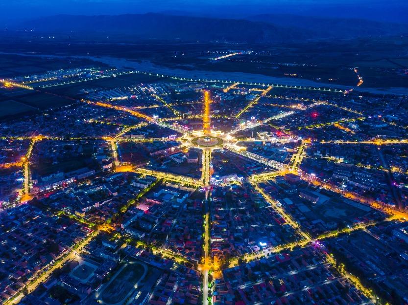 當代中國-中國旅遊-中國文化-新疆-喀拉峻-八卦城
