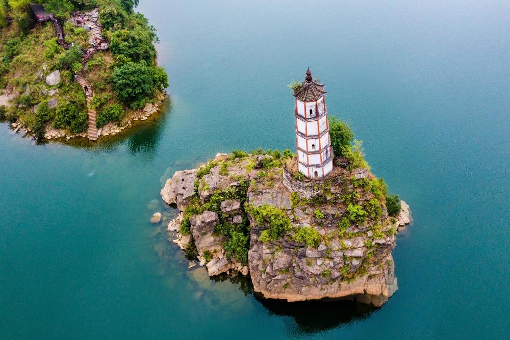 當代中國-中國旅遊-中國文化-上海-廣西-斜塔-廣西-左江斜塔