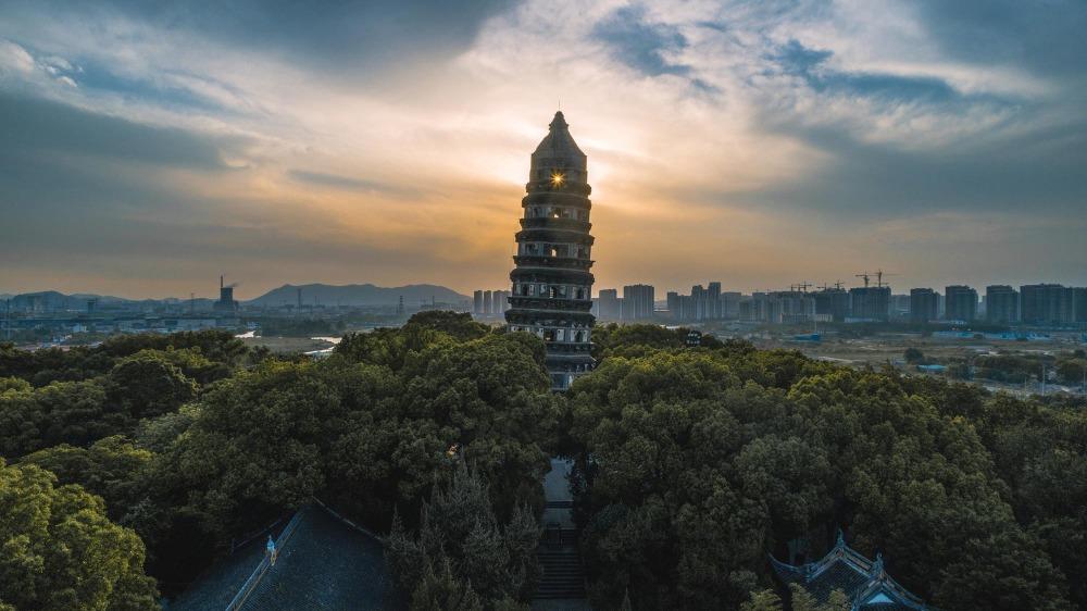 當代中國-中國旅遊-中國文化-上海-廣西-斜塔-蘇州-虎丘塔
