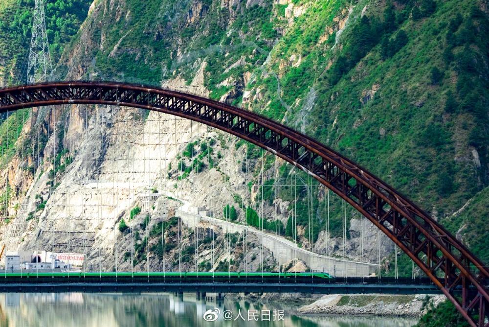 社會民生-拉林鐵路4