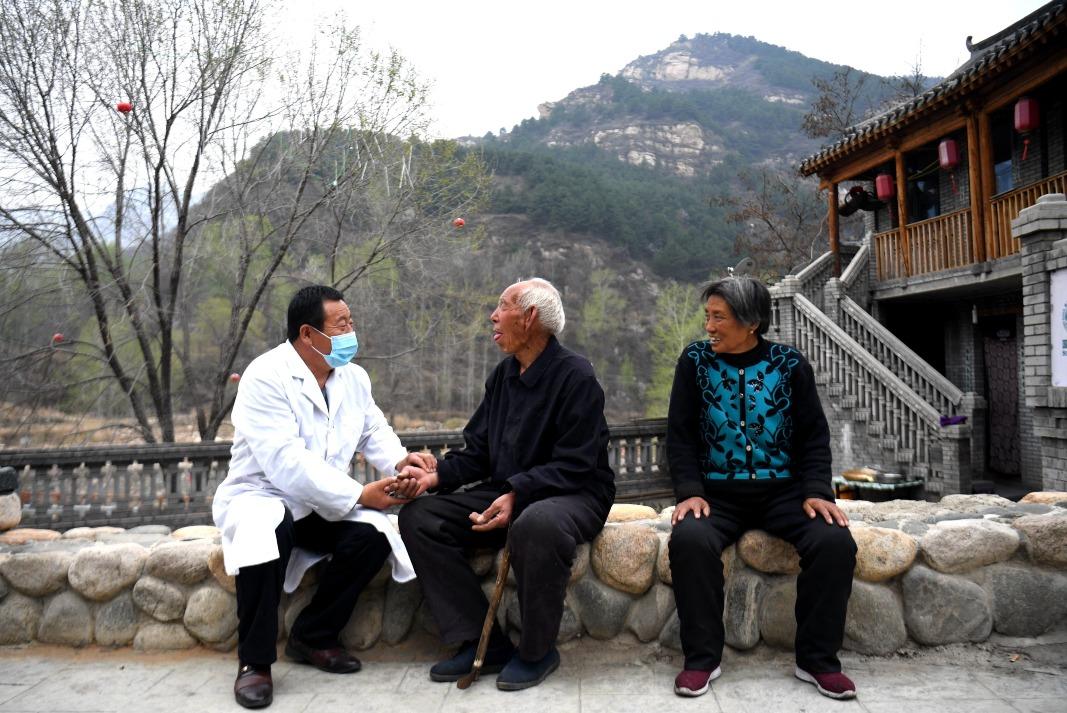 當代中國-社會民生-【建黨百年】中國共產黨帶領8億人脫貧