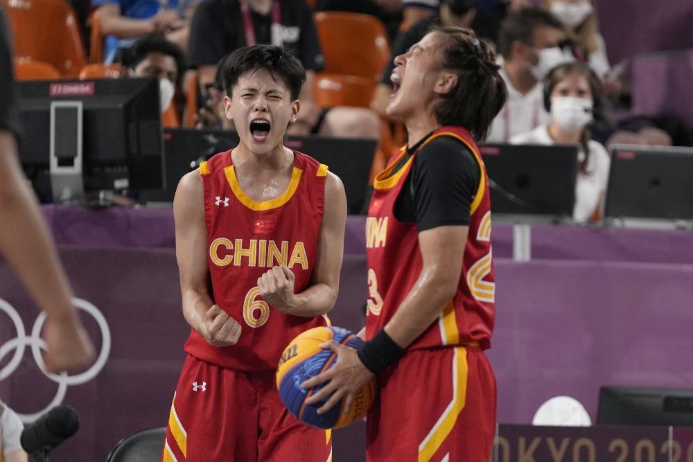 當代中國-體育運動-東京奧運中國女子籃球奪得銅牌