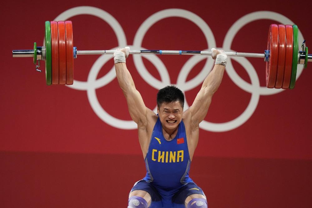 當代中國-體育運動-東京奧運呂小軍獲得81公斤舉重金牌