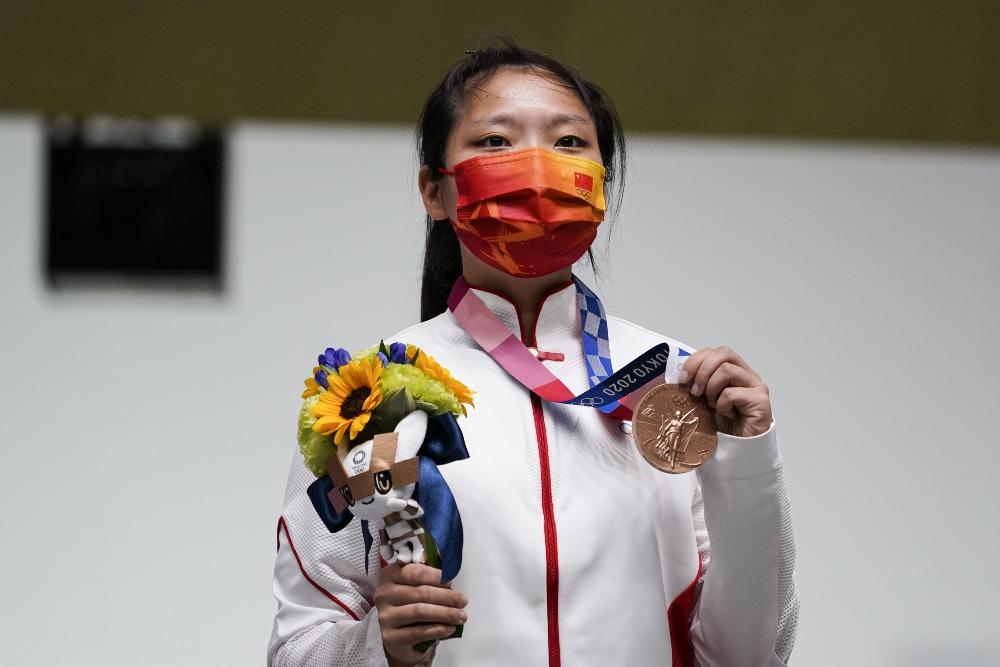 代中國-體育運動-東京奧運姜冉馨10米氣手槍獲銅牌