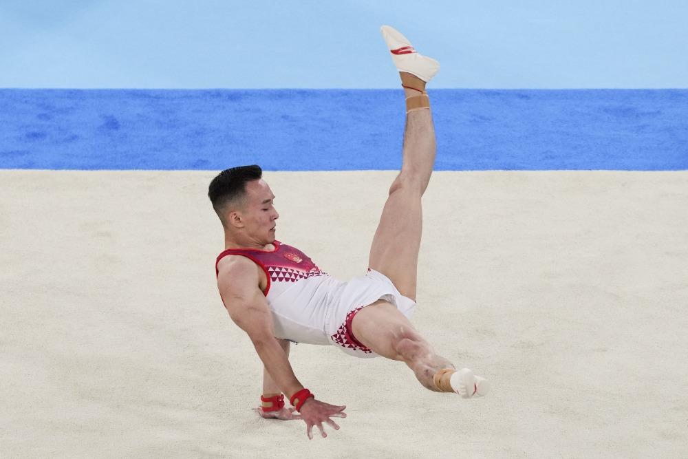 當代中國-體育運動-東京奧運肖若騰自由體操獲銅牌