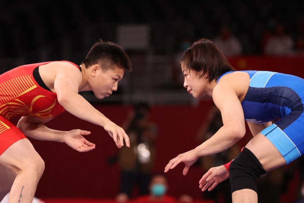 代中國-體育運動-東京奧運龐倩玉女子摔跤奪銀