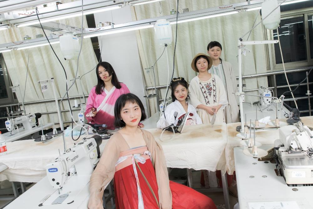 當代中國-漢服市場100億