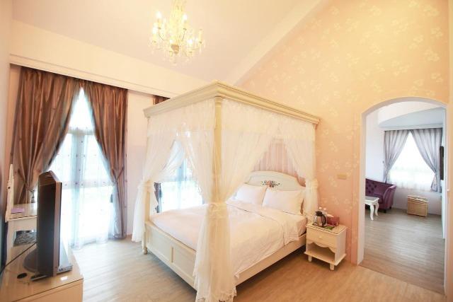 希格瑪民宿客房,均以法式典雅風設計。