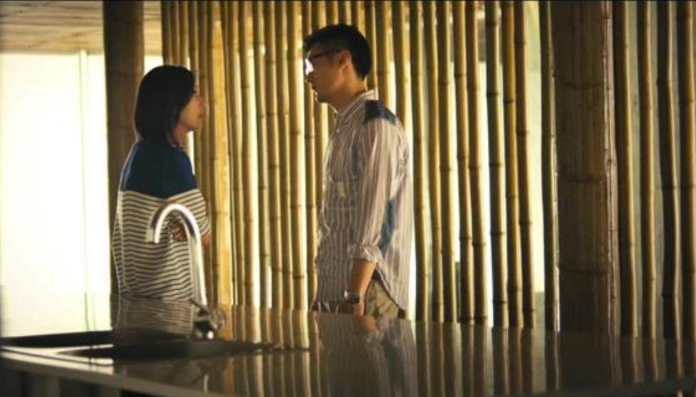 在電影《春嬌與志明》,飾演主角的楊千嬅與余文樂在北京重逢,跑到城郊的酒店私會,取鏡地點正是竹屋。(網上圖片)