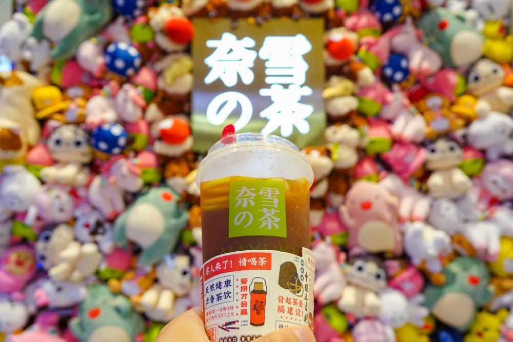 奈雪的茶上市-門店設計05