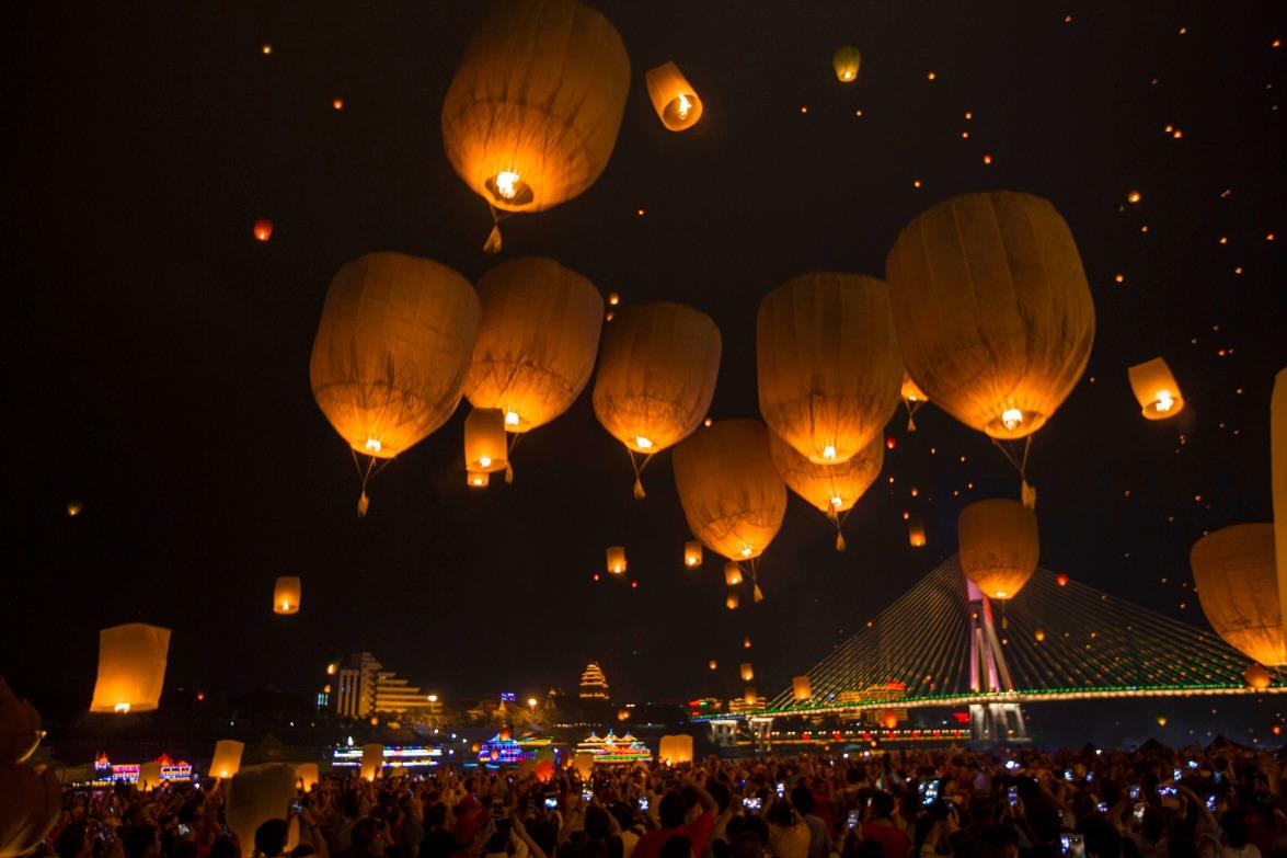 當代中國-中國旅遊-雲南旅遊-雲南西雙版納-星光夜市-03