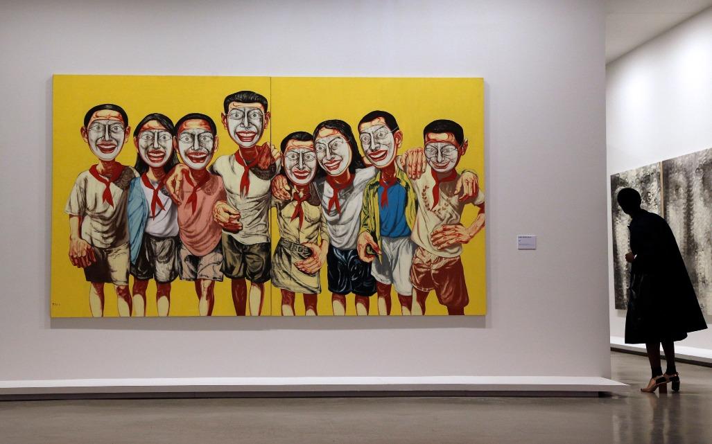 《面具系列︰1996 No.6》每次拍賣,都不斷刷新最貴中國當代藝術品紀錄。(圖片來源:Getty)