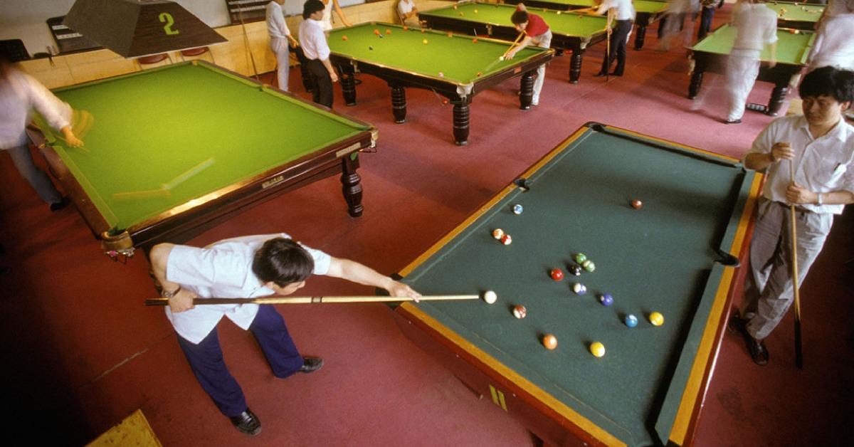 當年今日-改革開放-80年代英式桌球突然成為全國熱潮