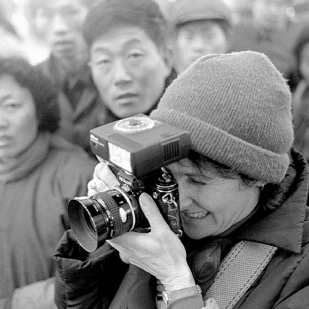 當代中國-改革開放-Walter Levin 準備和十幾個年輕人由美國飛往中國旅行。