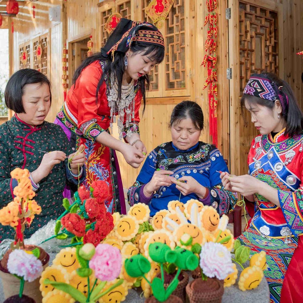 當代中國-中國文化-土家族編織品脫貧