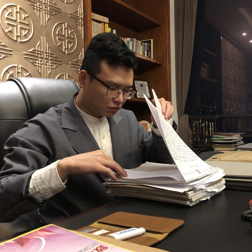 手語律師唐帥