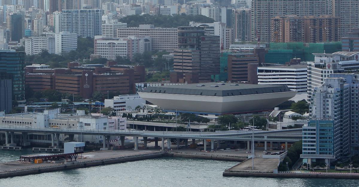 當代中國-飛凡香港-紅館香港演唱會地標誰能代替你地位