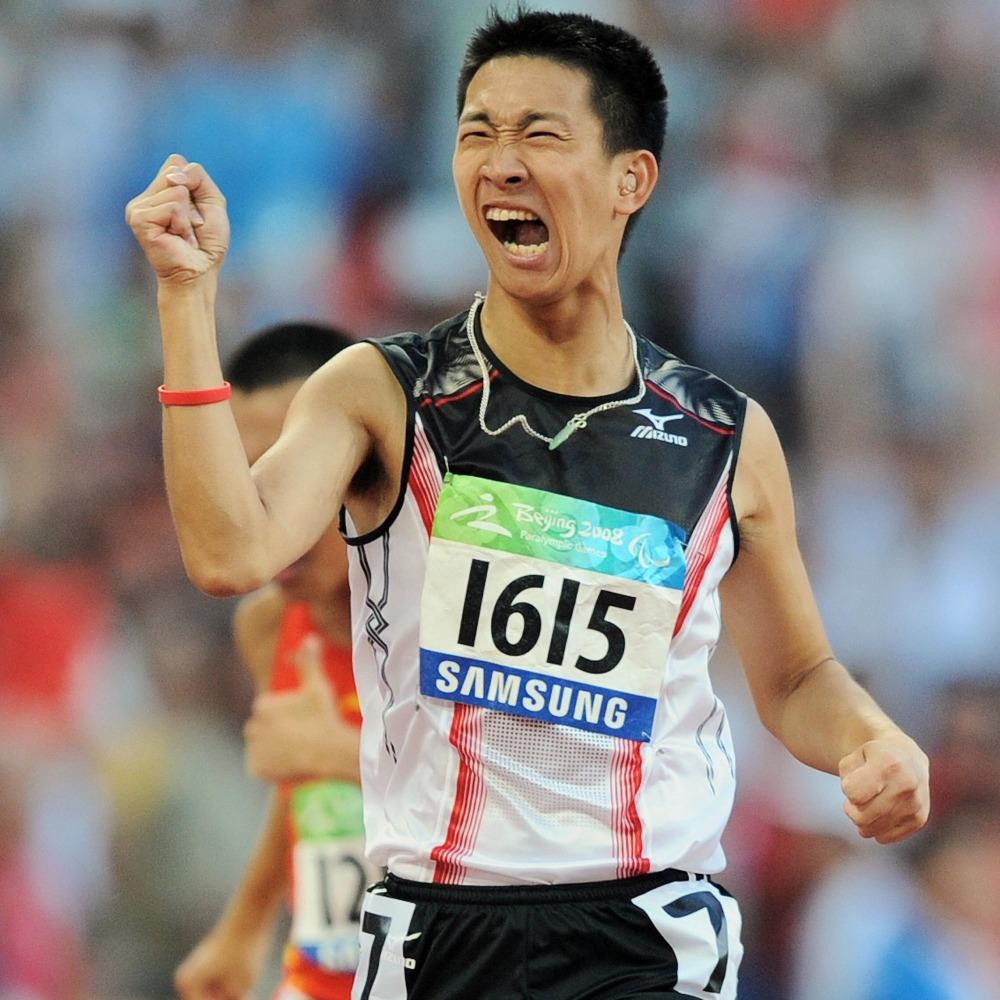 當代中國-飛凡香港-5次破世界紀錄「神奇小子」蘇樺偉揚威殘奧