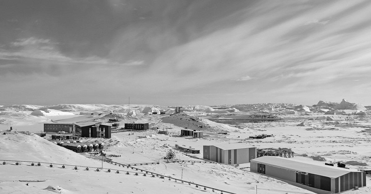 當代中國-改革開放-改革開放後闖入南極中山站體現中國科技