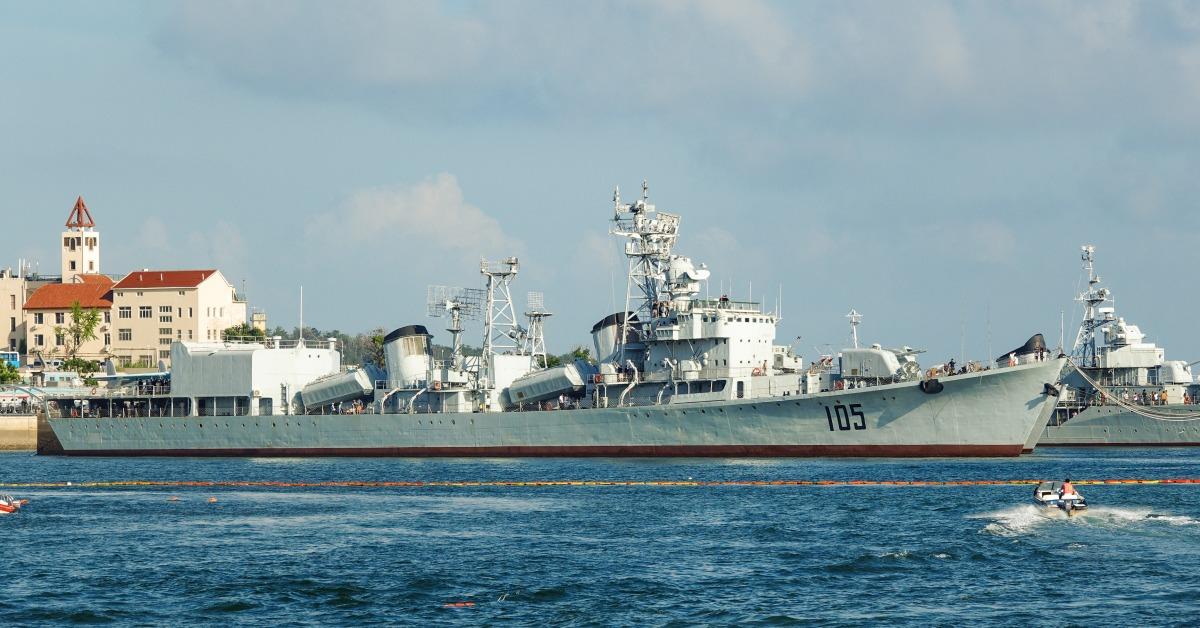 當代中國-當年今日-導彈驅逐艦
