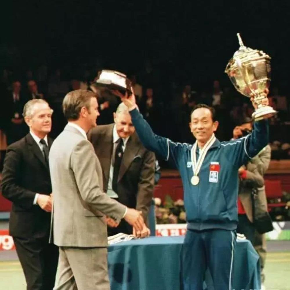 當代中國-當年今日-首奪湯姆斯盃