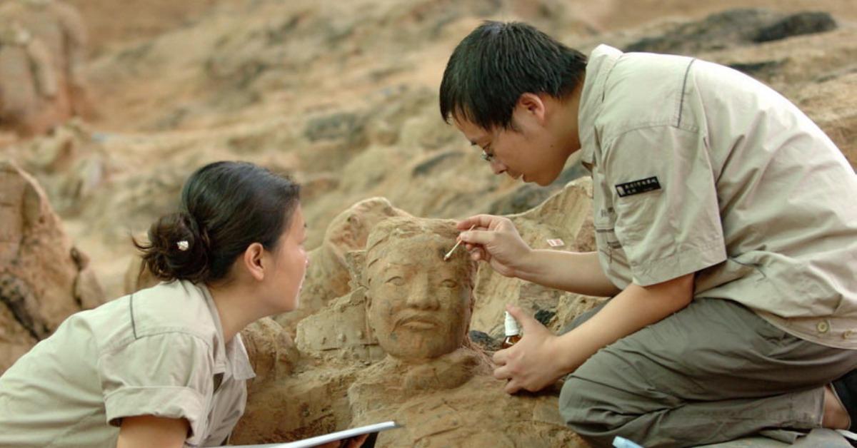 當代中國-當年今日-兵馬俑