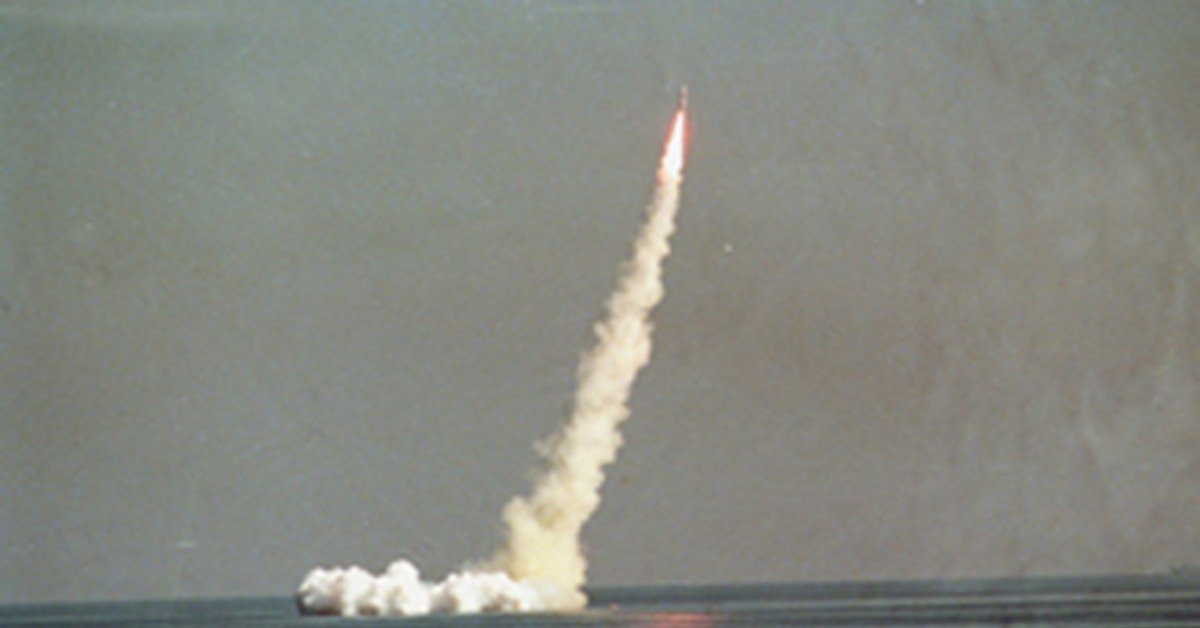 當代中國-當年今日-中國核潛艇