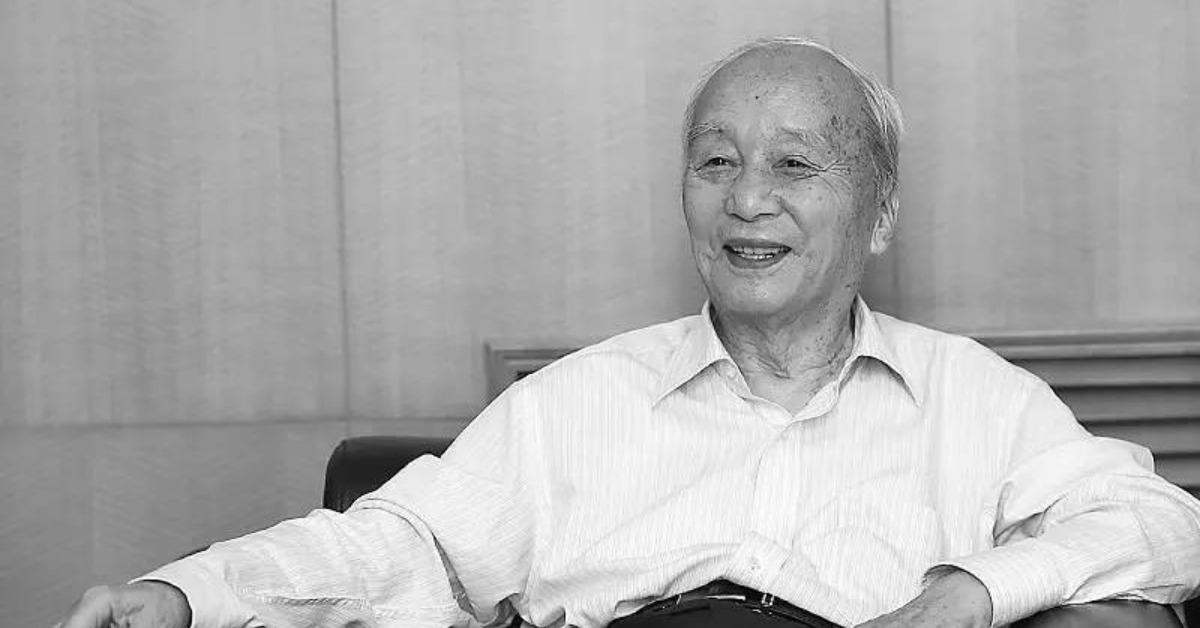 當代中國-當年今日-李東英逝世