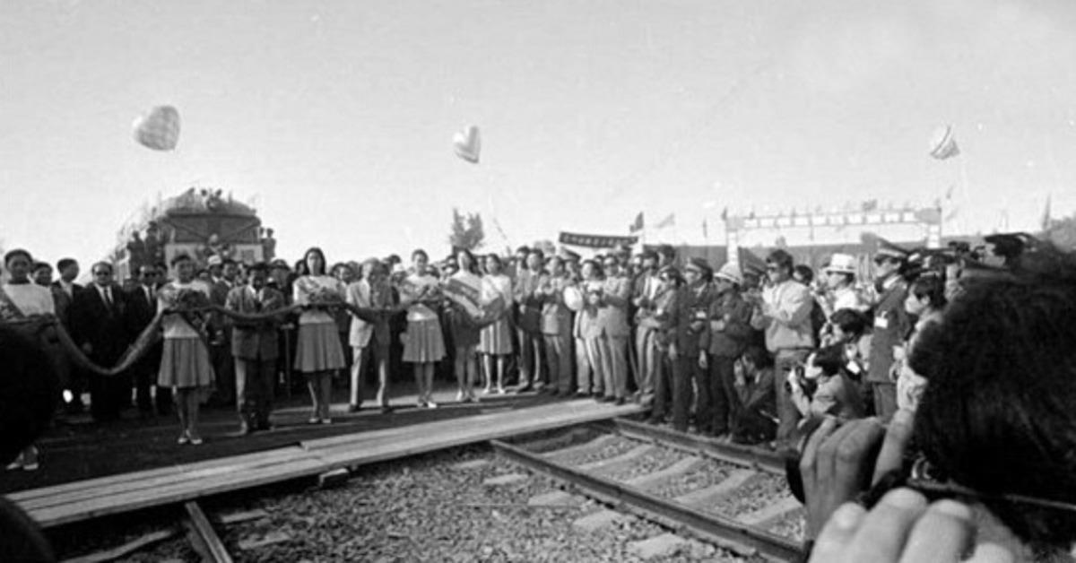 當代中國-當年今日-蘭新鐵路複線